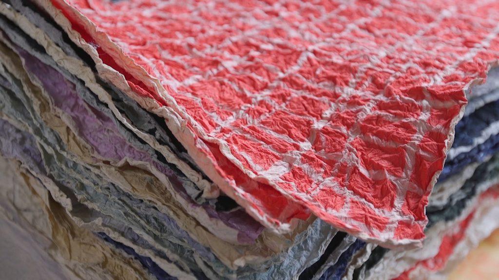 長田製紙所の揉み紙